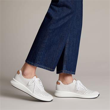 Clarks Un Rio Tie - White Leather