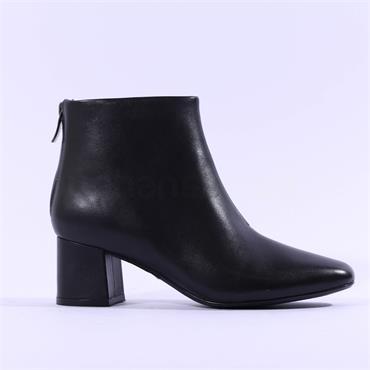 Clarks Women Sheer 55 Zip Ankle Boot - Black Leather