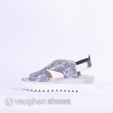 Gabor Bubbles Cleated Sole Sandal - Floral