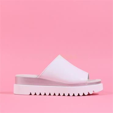 Gabor Mule With Cleated Sole Emily-Rose - White Silver