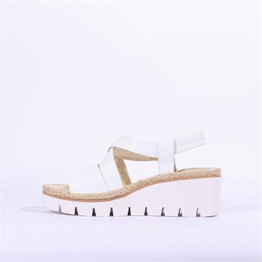 Gabor Cleated Sole Sandal Contract - White Leather