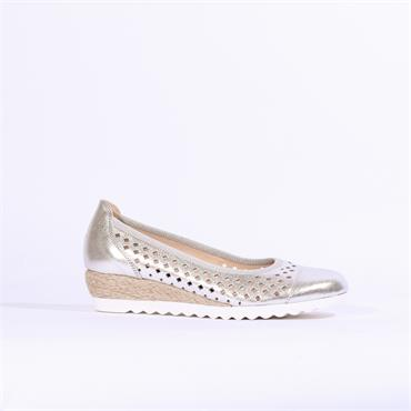 Gabor Perforated Low Wedge Evelyn - Silver