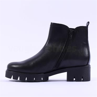 Gabor Cleated Platform Gusset Boot Bodo - Black Leather