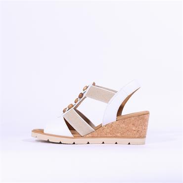 Gabor Bead Front Wedge Sandal Popsie - White