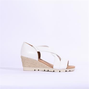 Gabor Strappy Strappy Sandal Lisette - White