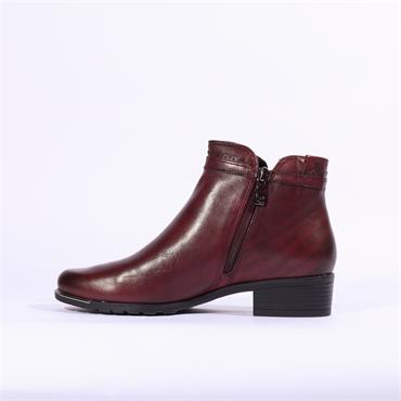 Caprice Kelli Plain Toe Ankle Boot - Bordo