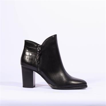 Caprice Snake Block Heel Boot Joeh - Black Leather