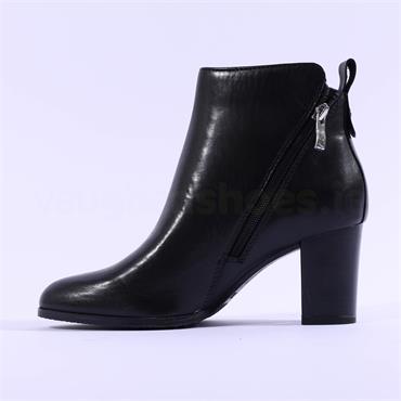 Caprice Joeh Diagonal Zip Ankle Boot - Black Leather