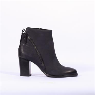 Caprice Diagonal Zip Ankle Boot Joeh - Navy Nubuck