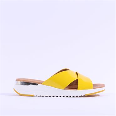 Caprice Criss Cross Mule Sandal Kandy - Yellow Patent