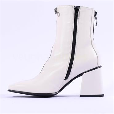 Marco Moreo Jessie Block Heel Zip Boot - Off White Leather