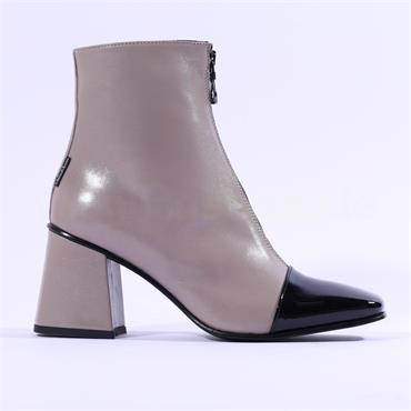 Marco Moreo Jessie ToeCap Front Zip Boot - Taupe Leather
