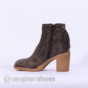 ... Alpe Crepe Sole Ankle Boot Tassles - Grey Suede 99dbd4b6e657a