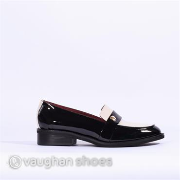 Marco Moreo Two Tone Patent Loafer - Black/multi