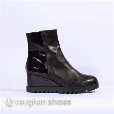 Marco Moreo Wedge Boot With Patent Heel - Black