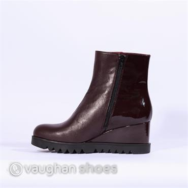 Marco Moreo Wedge Boot With Patent Heel - Wine