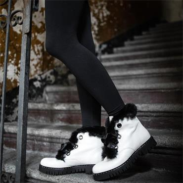 Marco Moreo Chukka Syle Boot With Fur - White/black