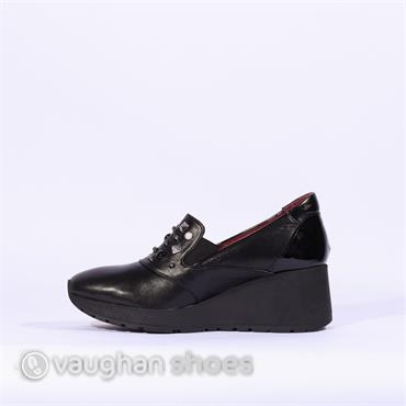 Marco Moreo Shoe With Stud Detail - Black