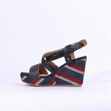 Escape Women Rocheport Two - White Red Navy