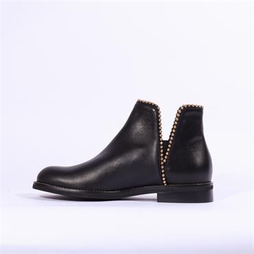 Marco Moreo Lynn V Gusset Stud Trim Boot - Black