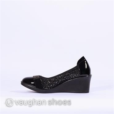 Inea Low Wedge Diamante Band Sagaie - Black Glitter