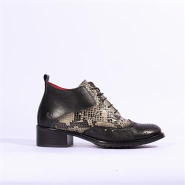 Jose Saenz Brogue Laced Boot - Black Combi