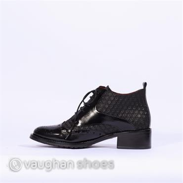 Jose Saenz Brogue Laced Boot - Black Patent