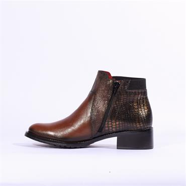 Jose Saenz Flat Multi Tone Boot Side Zip - Brown