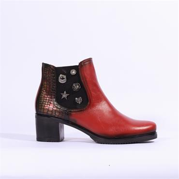 Jose Saenz Boot With Detailed Gusset - Red Combi Lea