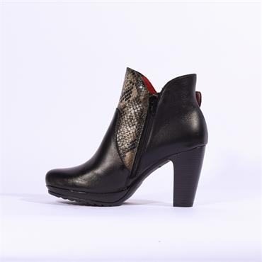 Jose Saenz Boot With Large Buckle - Black Combi