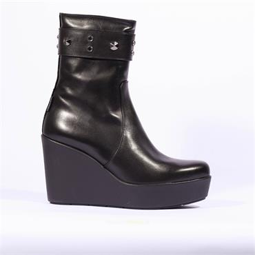Marco Moreo High Stud Strap Wedge Viola - Black Leather