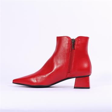 Marian Pointed Toe Boot Clio - Red Leather