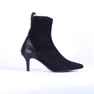 Marian Soft High Heel Ankle Boot Clarisa - Soft Black Suede