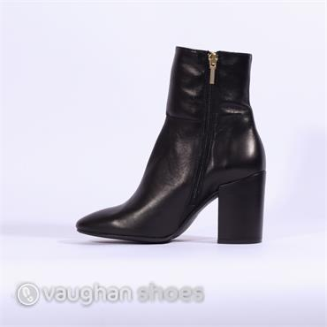 Marian Block Heel Boot With Detail - Black Combi