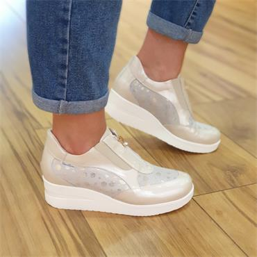 Marco Moreo Zip Front Wedge Shoe Lola - Cream Patent