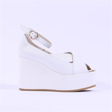 Marco Moreo Peeptoe Wedge Sandal Jodie - White Leather
