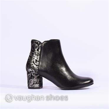 Nano Block Heel Boot With Heel Detail - Black Silver