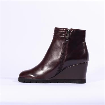 Regarde Le Ciel Piped Cuff Wedge Boot - Wine