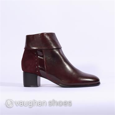 Regarde Le Ciel Folded Cuff Stud Boot - Bordo