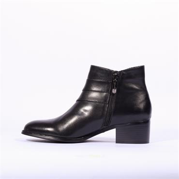 Regarde Le Ciel Diagonal Zip Boot Lauren - Black Soft Leather