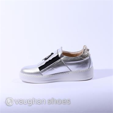 Oxitaly Casual Slip On With Side Zip - Silver