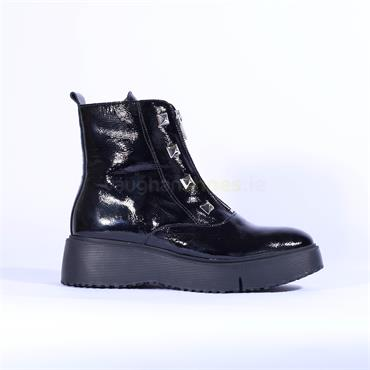 Wonders Front Zip Stud Detail Ankle Boot - Black Patent