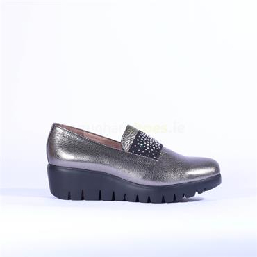 Wonders Sparkle Stud Band Wedge Shoe - Grey Metallic Leather