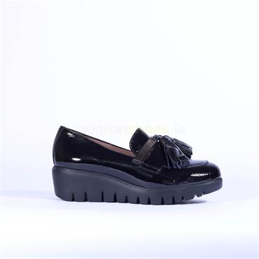 Wonders Tassel Detail Slip On Wedge Shoe - Black Patent