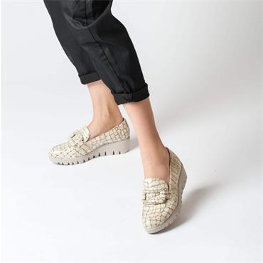 Wonders Croc Print Patent Buckle Wedge - Cream Croc