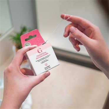 Spotlight Dental Floss for Gum Health`