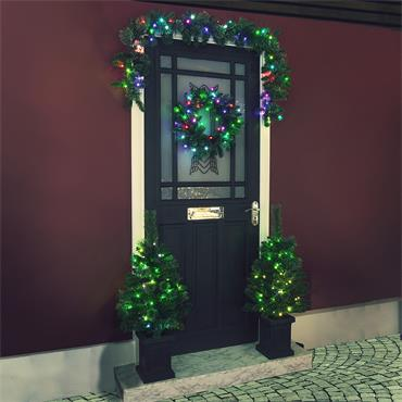 NOMA COLOUR CHANGEABLE CHRISTMAS DOOR SET WITH WREATH, GARLAND AND 2 TREES