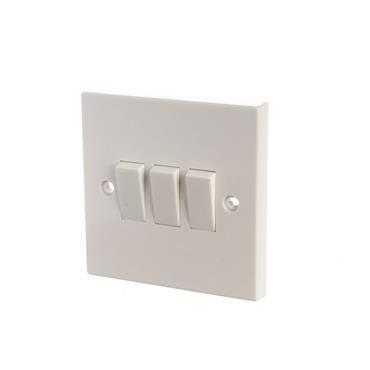 Powermaster 3 Gang 2 Way Light Switch   1434-04