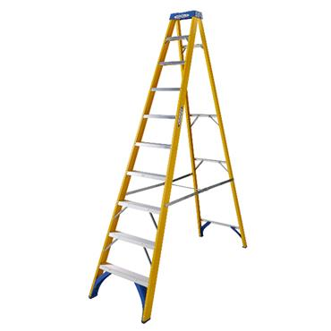 Werner Fibreglass Swingback Stepladder 10 Step