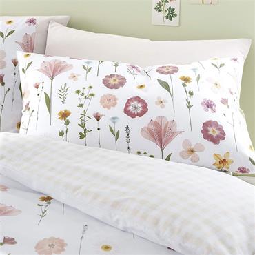 Catherine Lansfield Wild Flowers Blush Duvet Set